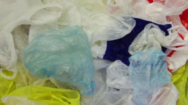 Природоохранные мероприятия оплатят потребители пластиковых пакетов