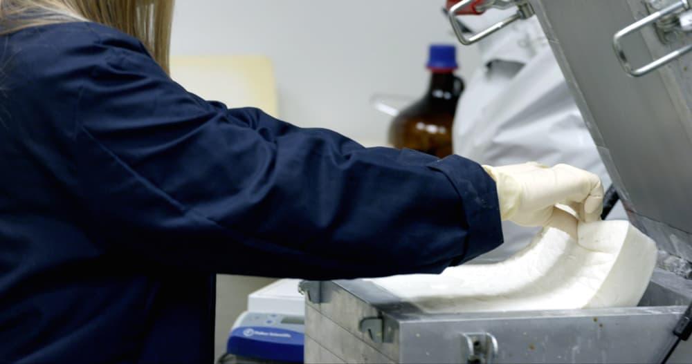 Ford обещает изготавливать пластик из СО2