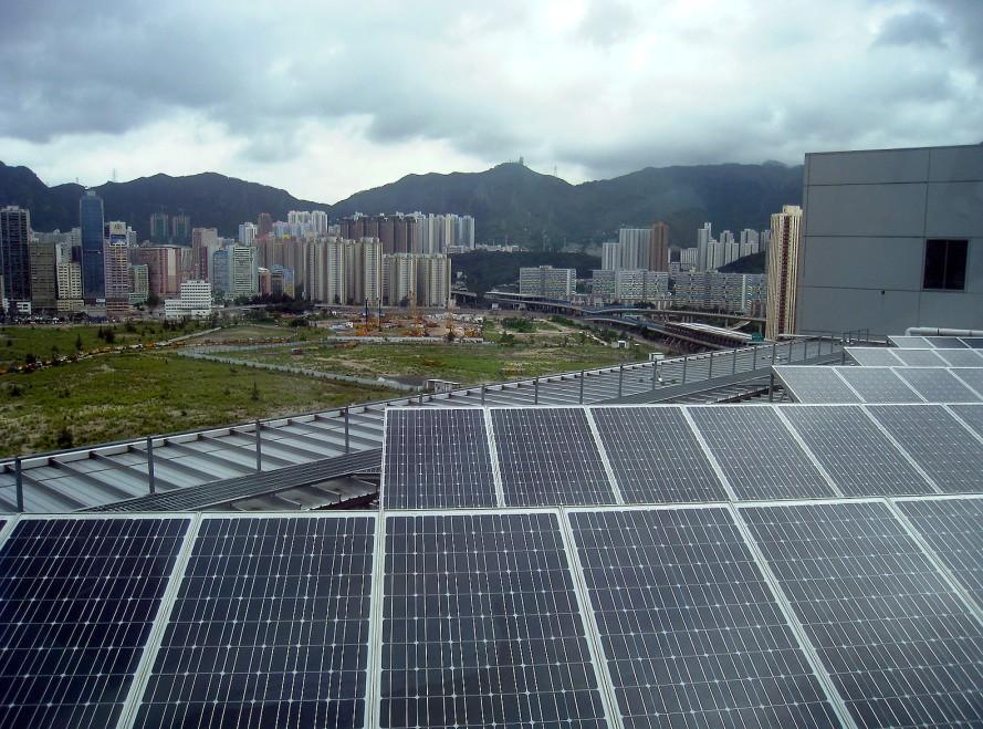 Солнечные панели с графеном производят энергию в дождливую погоду