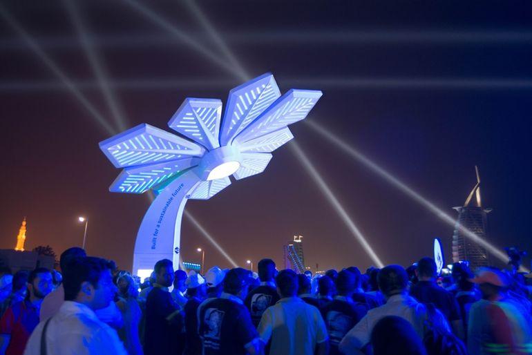 Умные пальмы в Дубае