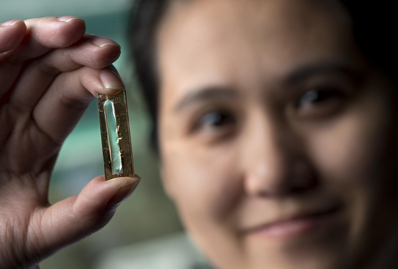 Ученые случайно открыли почти вечную батарею