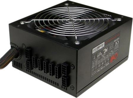 Кабели модели CP-450F, имеющей мощность 450 Вт, жестко закреплены в корпусе.  Блоки питания CP-520M.
