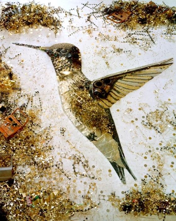 «Драгоценный» мусор от Вика Муниса