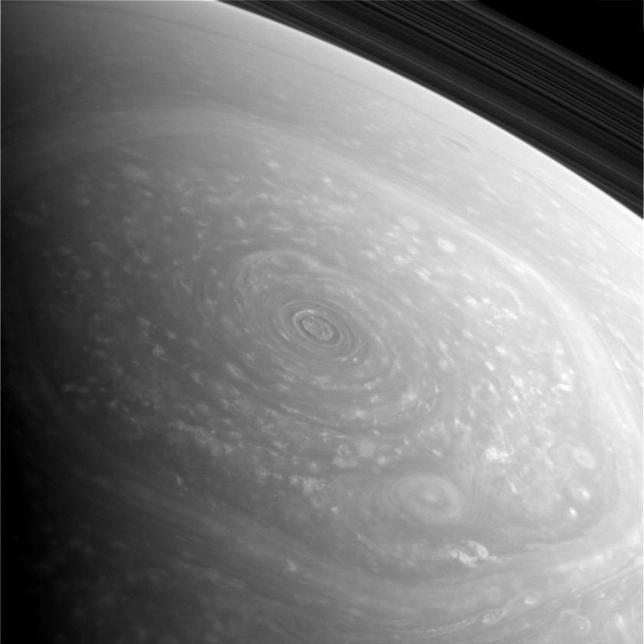 Гигантский шестиугольник на Сатурне