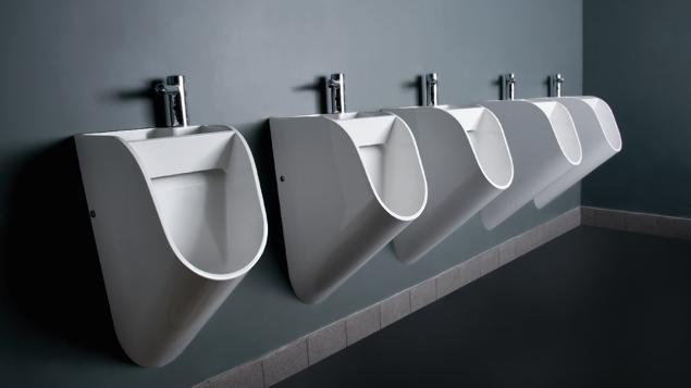 Экономим воду и приучаем мужчин к гигиене