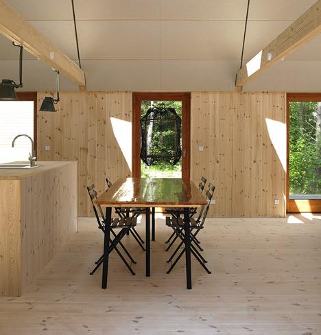 The-Modern-Seaweed-House_6.jpg