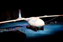 phantom-eye-hydrogen-powered-spy-plane-unveiled
