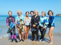 snorkeling-grandmas-help-scientists-document-lethal-sea-snakes