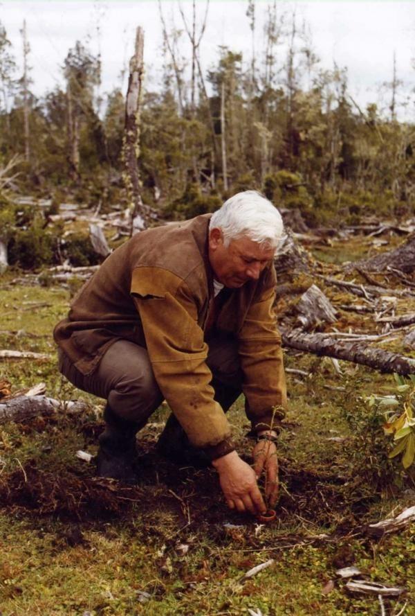 Альфредо Нунез из Борнмутского Университета, участник исследования экологического восстановления в Чили