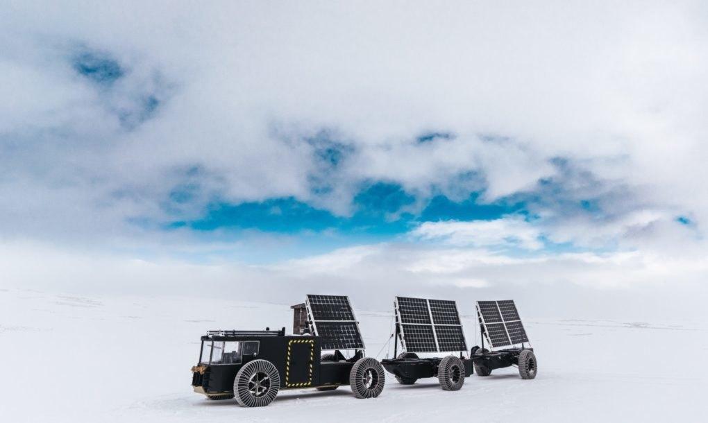 Голландская пара отправится в путешествие на Южный полюс на напечатанном солнечном авто