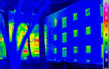 Термограмма - сравнение обычного и пассивного домов
